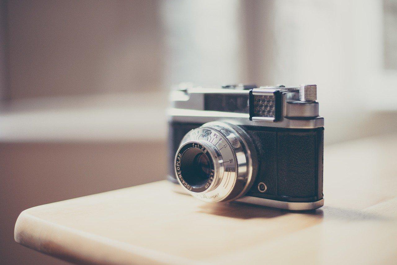 探偵 カメラの画像